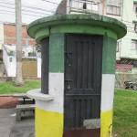 Caseta en espacio público
